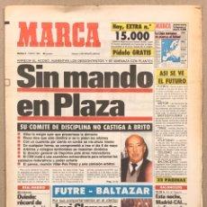Coleccionismo deportivo: MARCA (9 ENERO 1990). PAOLO FUTRE Y BALTAZAR, JAVIER CLEMENTE, PLAZA PRESIDENTE ÁRBITROS,.... Lote 263035740