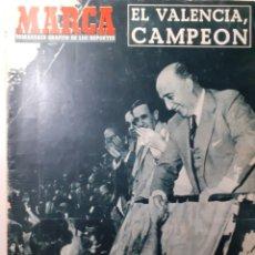 Colecionismo desportivo: MARCA EL VALENCIA CAMPEÓN DE COPA DEL GENERALÍSIMO NÚMERO 603 FECHA 22 DE JUNIO DE 1954. Lote 263593485