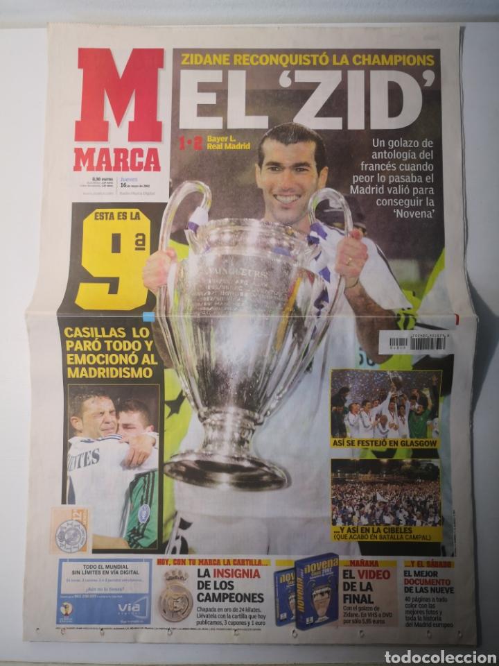 Coleccionismo deportivo: DIARIO MARCA - REAL MADRID CAMPEÓN NOVENA COPA DE EUROPA. 16 MAYO 2002. ZIDANE. - Foto 2 - 265717539