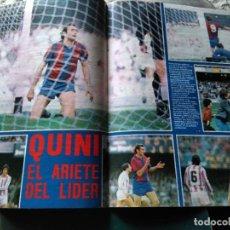 Coleccionismo deportivo: AS COLOR 555 POSTER QUINI EL ARIETE DEL LÍDER. Lote 268810299