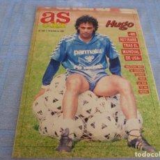 Coleccionismo deportivo: AS COLOR(23-7-89) HUGO SANCHEZ(REAL MADRID) AMADOR PORTERO DEL R.MADRID,BALONCESTO LA NBA. Lote 272326123