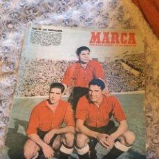 Coleccionismo deportivo: PERIODICO MARCA SELECCION ESPAÑOLA DE FUTBOL AÑOS 50. Lote 273897473