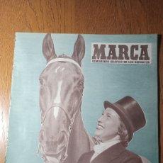 Coleccionismo deportivo: SEMANARIO MARCA N °575. 1953. AT.MADRID 1 OVIEDO 0 . BARCELONA 6 CORUÑA 1- JAEN 1 BILBAO 3. Lote 275044183