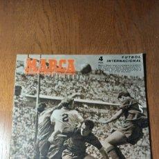 Coleccionismo deportivo: SEMANARIO MARCA N °583 1954 R.MADRID 1 OVIEDO O - VALLADOLID 1 AT.MADRID 3 -. Lote 275068763
