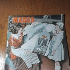 Coleccionismo deportivo: SEMANARIO MARCA N ° 584 1954. AT.MADRID 4 GIJON 1- JAEN 3 ESPAÑOL 0. FARINA VENCEDOR EN BUENOS AIRES. Lote 275070963