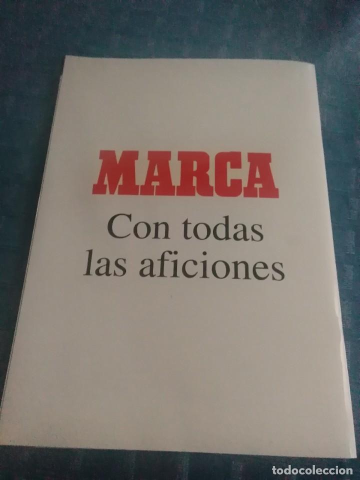 Coleccionismo deportivo: Álbum marca real Madrid ,el mejor equipo del mundo, los 20 partidos de la leyenda blanca - Foto 6 - 275696508