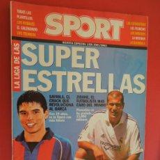 Coleccionismo deportivo: SPORT REVISTA LIGA 2001-2002 -SUPER ESTRELLAS- ZIDANE - SAVIOLA. Lote 279550298
