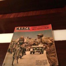 Coleccionismo deportivo: MARCA NUMERO EXTRAORDINARIO VUELTA CICLISTA A ESPAÑA 1957, VESPA PEGASO. Lote 285642198