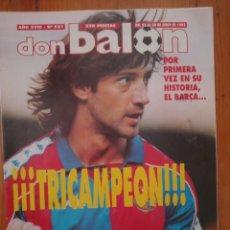 Coleccionismo deportivo: DON BALÓN 921 BARÇA TRICAMPEÓN CON PÓSTER. Lote 285663428