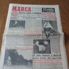 Coleccionismo deportivo: MARCA 25 MAYO 1956. FONTOVA, CAMPEON ESPAÑA BILLAR A 3 BANDAS- GIRO DE ITALIA ,POBLET GANO EN MANTUA. Lote 295809303