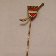 Coleccionismo deportivo: PIN AGUJA CORBATA DEL CLUB DE JOCKEY OHV ESMALTADO. Lote 23238615