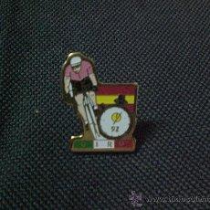 Coleccionismo deportivo: PIN PIN CICLISMO BICICLETA GIRO ITALIA CONTRARELOJ 1992. Lote 27430926