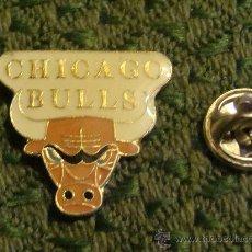 Coleccionismo deportivo: PIN DE DEPORTES. BALONCESTO. CHICAGO BULLS. EQUIPO NBA BASKET. . Lote 29013413
