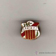 Coleccionismo deportivo: INSIGNIA SOLAPERA ESMALTADA ANTIGUA - GRACIA FC - PRINCIPIOS DEL S.XX , DE CONSERVACION. Lote 29737035