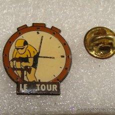 Coleccionismo deportivo: PIN DE CICLISMO. CICLISTA CONTRARRELOJ. TOUR DE FRANCIA. . Lote 33418384