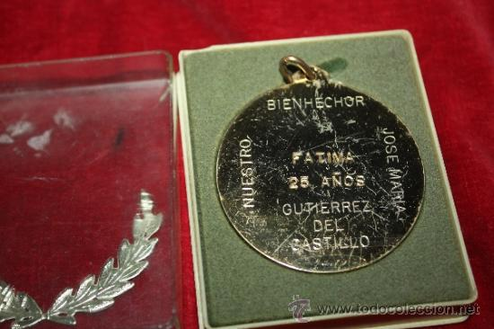 Coleccionismo deportivo: MEDALLA DE BALONCESTO DEDICADA AL DELEGADO NACIONAL DEL SEM - Foto 2 - 35517619