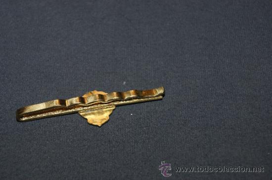 Coleccionismo deportivo: Antigua aguja de corbata de la federacio catalana de tir olimpic, tiro olimpico - Foto 3 - 36118348