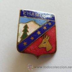 Coleccionismo deportivo: ESPECIE DE PIN AGUJA DE CHAMONIX - ALTA MONTAÑA ESQUI NIEVE - ES ESMALTADA. Lote 36867693