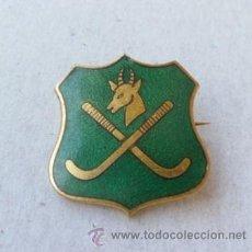 Coleccionismo deportivo: INSIGNIA PIN DE AGUJA HOCKEY ESMALTADO . Lote 38657316