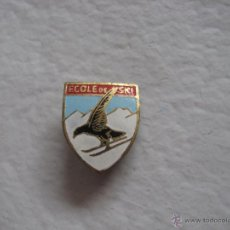 Coleccionismo deportivo: ANTIGUO PIN ECOLE DE SKI, FRANCIA 1950-60.. Lote 40910934