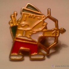 Coleccionismo deportivo: PIN - COBI - TIRO - AL - ARCO -. Lote 41758859
