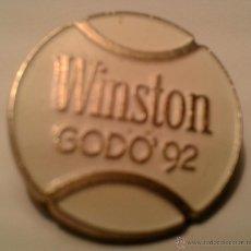 Coleccionismo deportivo: PIN - DE TROFEO GODO OLYMPIADAS 92 -. Lote 41759168