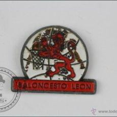Coleccionismo deportivo: PIN DE BALONCESTO - BALONCESTO LEÓN - MEDIDAS 20 X 16 MM - #PLS. Lote 45466394