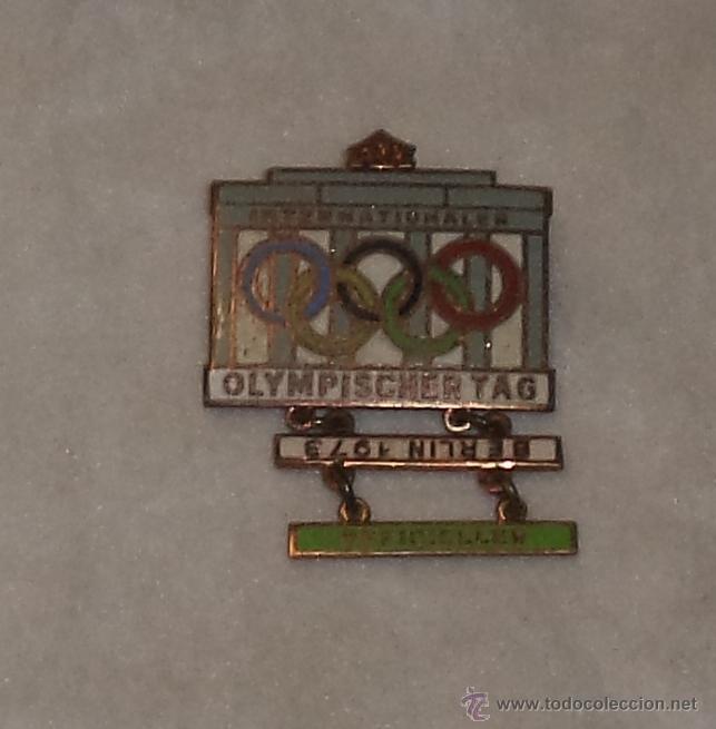ANTIGUO PIN OLIMPICO. OLIMPIADAS BERLIN 1968. (Coleccionismo Deportivo - Pins otros Deportes)