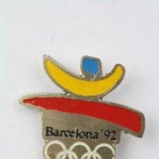 Colecionismo desportivo: PIN DE LAS OLIMPIADAS DE BARCELONA 92 / JUEGOS OLÍMPICOS 1992 - MEDIDAS 20 X 18 MM - #PLS. Lote 48897443