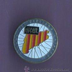 Coleccionismo deportivo: VIEJO PIN INSIGNIA DE AGUJA - SEMANA DEL CICLISMO CATALANA - CATALUNYA BICICLETA DICEN. Lote 49175631