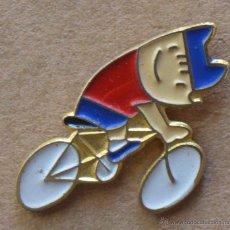 Coleccionismo deportivo: PIN - OLIMPIADAS BARCELONA 92 - COBI - CICLISMO. Lote 49221521