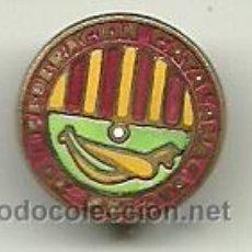 Coleccionismo deportivo: (P-370)INSIGNIA DE SOLAPA ESMALTADA,AGRUPACION CATALANA DE PELOTA . Lote 51013843