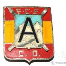Coleccionismo deportivo: FEDERACION CATALANA ESQUI. (F.C.E) ESQUI. INSIGNIA DE AGUJA. AÑOS 50S. Lote 53860263
