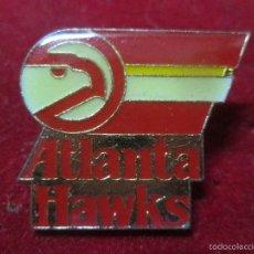 Coleccionismo deportivo: PIN BALONCESTO BASQUET BASKET NBA ATLANTA HAWKS. Lote 56537464