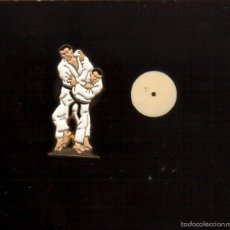 Coleccionismo deportivo: PRECIOSO PINS . TEMA DEPORTES JUDO - MUY BONITO - VER FOTO QUE NO TE FALTE EN TU COLECCION. Lote 56973362