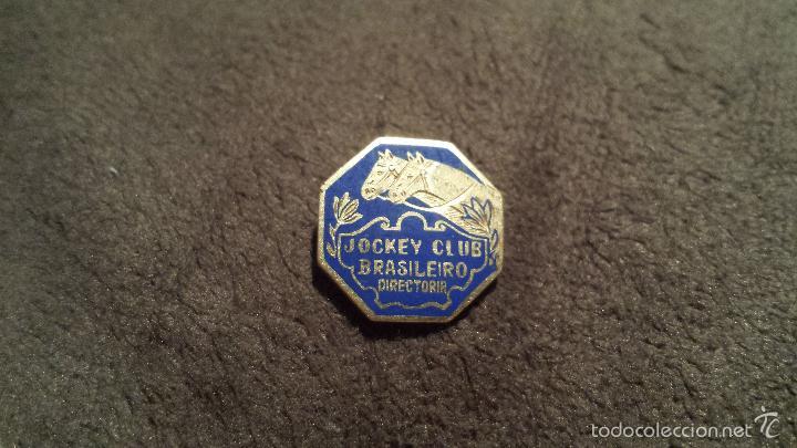 PIN ESCUDO EQUIPO JOCKEY CLUB BRASILERO DIRECTORIA (INSIGNIA ESMALTADA OJAL ) (Coleccionismo Deportivo - Pins otros Deportes)