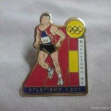 Coleccionismo deportivo: PIN ATLETISMO BARCELONA 1992 JUEGOS OLIMPICOS. Lote 221820373