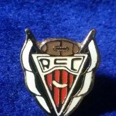 Collectionnisme sportif: PIN , RUGBY , RCC CLUB CORNELLA. Lote 75139439