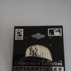 Coleccionismo deportivo: PIN - GORRA YANKEES NEW YORK - BEISBOL - COOPERSTOWN COLLECTION. Lote 77860877