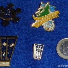 Coleccionismo deportivo: LOTE DE PINS - ESCUELA DE ESQUI - NAVACERRADA ¡IMPECABLES!. Lote 122147974