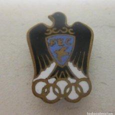 Coleccionismo deportivo: ANTIGUO PIN DE OJAL AÑOS 60 FEC, FEDERACIÓN ESPAÑOLA DE COLOMBICULTURA. Lote 84436428