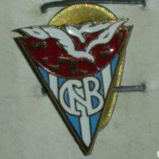 """Coleccionismo deportivo: INSIGNIA DE SOLAPA AÑOS 30 """"CLUB NATACIÓN CATALUÑA"""". Lote 86856480"""