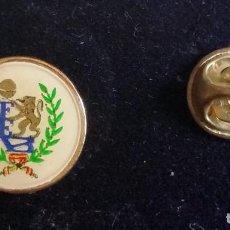 Coleccionismo deportivo: GOM-1901_PIN FEDERACIÓN ESPAÑOLA DE BALONCESTO. Lote 90613525