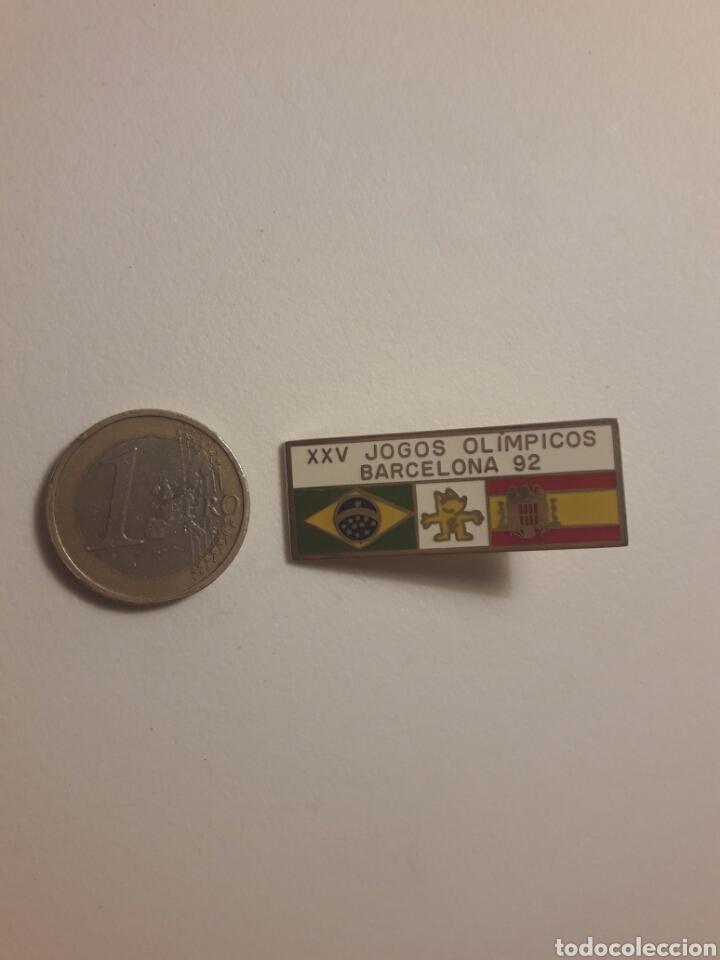 Coleccionismo deportivo: Pin exclusivo Barcelona 92 franquista - Foto 3 - 96035402