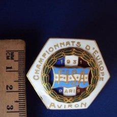 Coleccionismo deportivo: (F-171057)INSIGNIA ESMALTADA CHAMPIONNATS D´EUROPE AVIRON 1931. Lote 100616103