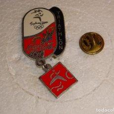 Colecionismo desportivo: PIN DE DEPORTES. JUEGOS OLÍMPICOS DE SYDNEY 2000 AUSTRALIA. COCA COLA. TRIATHLON TRIATLON. Lote 104104035