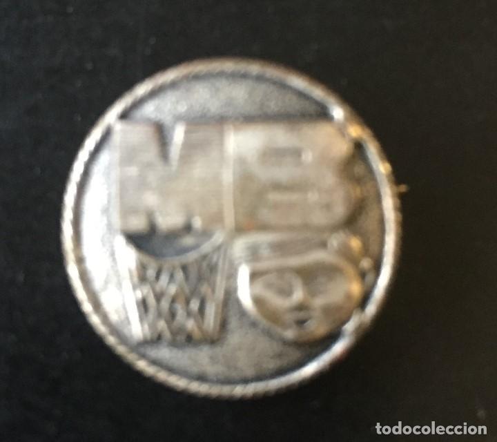 MINI-BASKET 1966/67 PIN OFICIAL (Coleccionismo Deportivo - Pins otros Deportes)