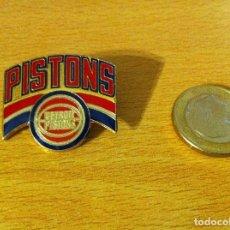 Coleccionismo deportivo: PIN USA DE BASKET NBA: LOS TERRIBLES DETROIT PISTONS - BAD BOYS. PETER DAVID, 1988. Lote 115574031