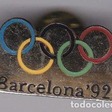 Coleccionismo deportivo: PIN DE BARCELONA - OLIMPIADAS DE BARCELONA 92 - AROS OLIMPICOS. Lote 115904479