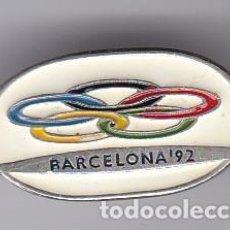 Coleccionismo deportivo: PIN DE AGUJA DE BARCELONA - OLIMPIADAS DE BARCELONA 92 - AROS OLIMPICOS. Lote 115904703